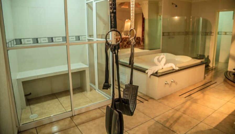 Motel Ibiza Guadalajara Jacuzzi