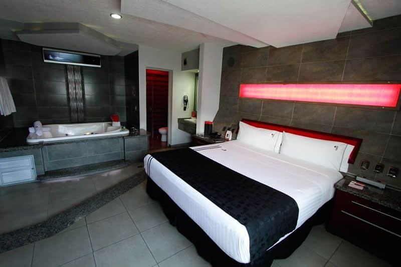 Motel Kuboz Guadalajara suite